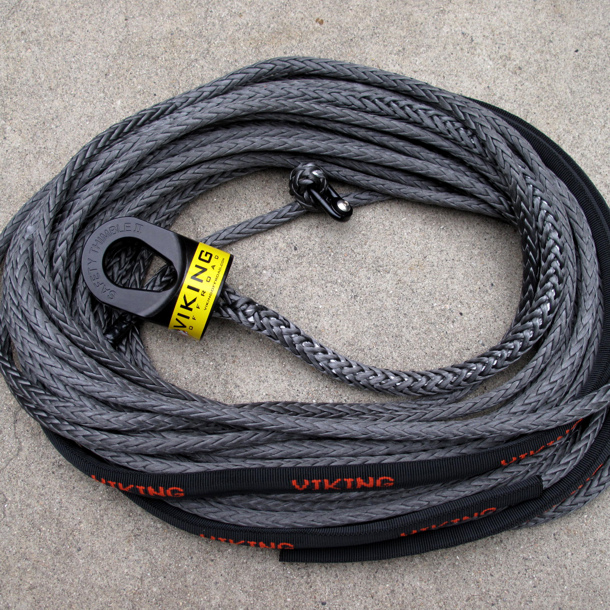 3/8 inch x 100' Viking Offroad Winchline - Black w/Black Safety Thimble