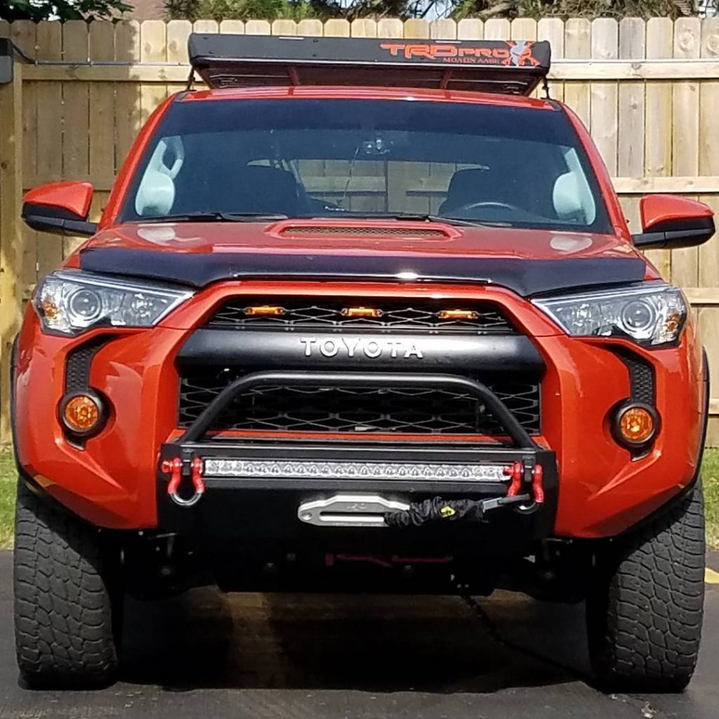 Southern Style4Runner Slimline Hybrid Front Bumper with 30 in. Heise LED 2014+