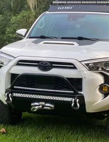 Southern Style 4Runner Slimline Hybrid Front Bumper with 30 in. Heise LED 2014+