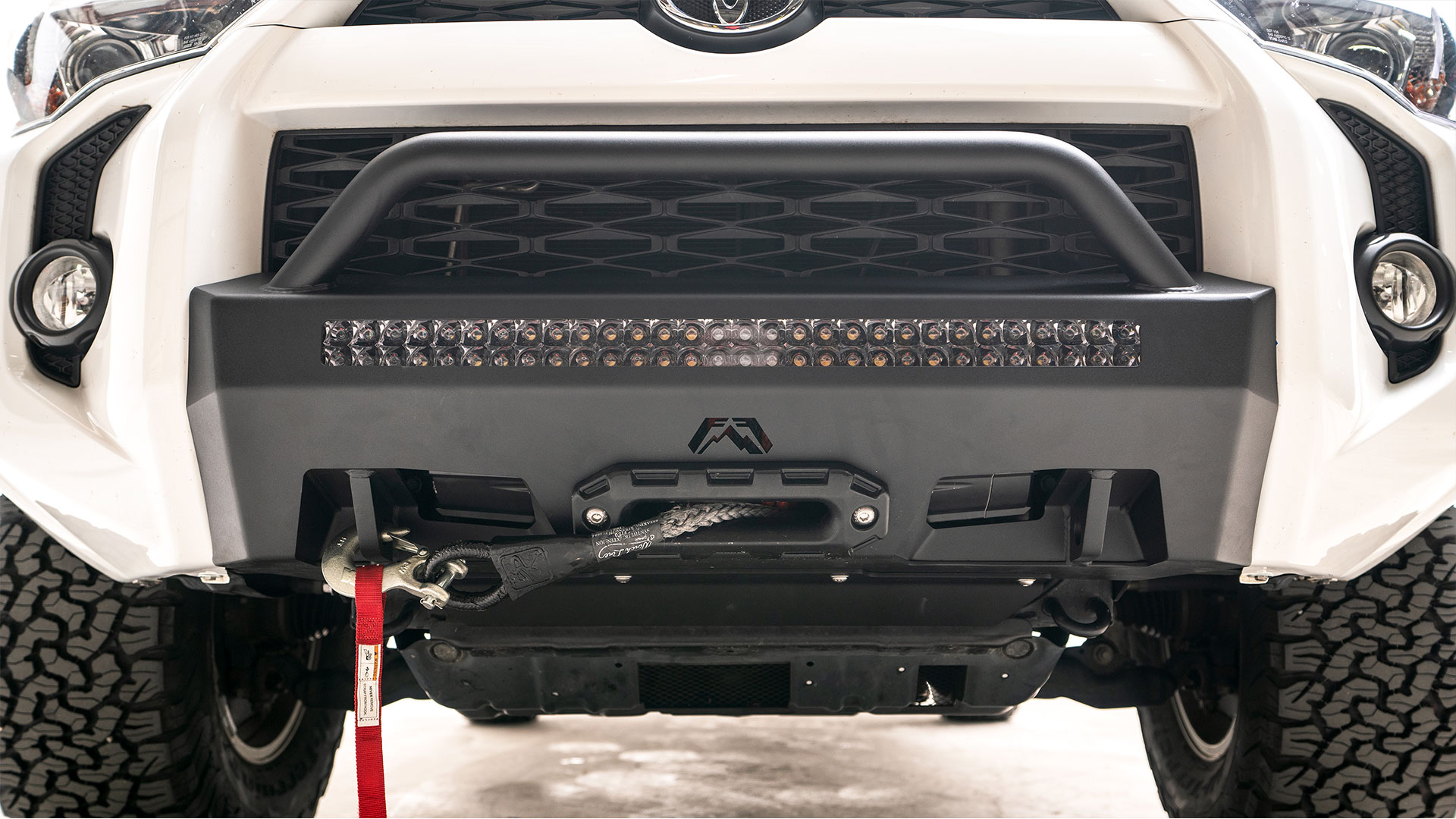 Fab Fours Hidden Winch Mount; WITH GUARD; 2014-2019 4Runner